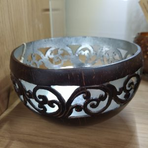 Coconut bowl silver inside Side